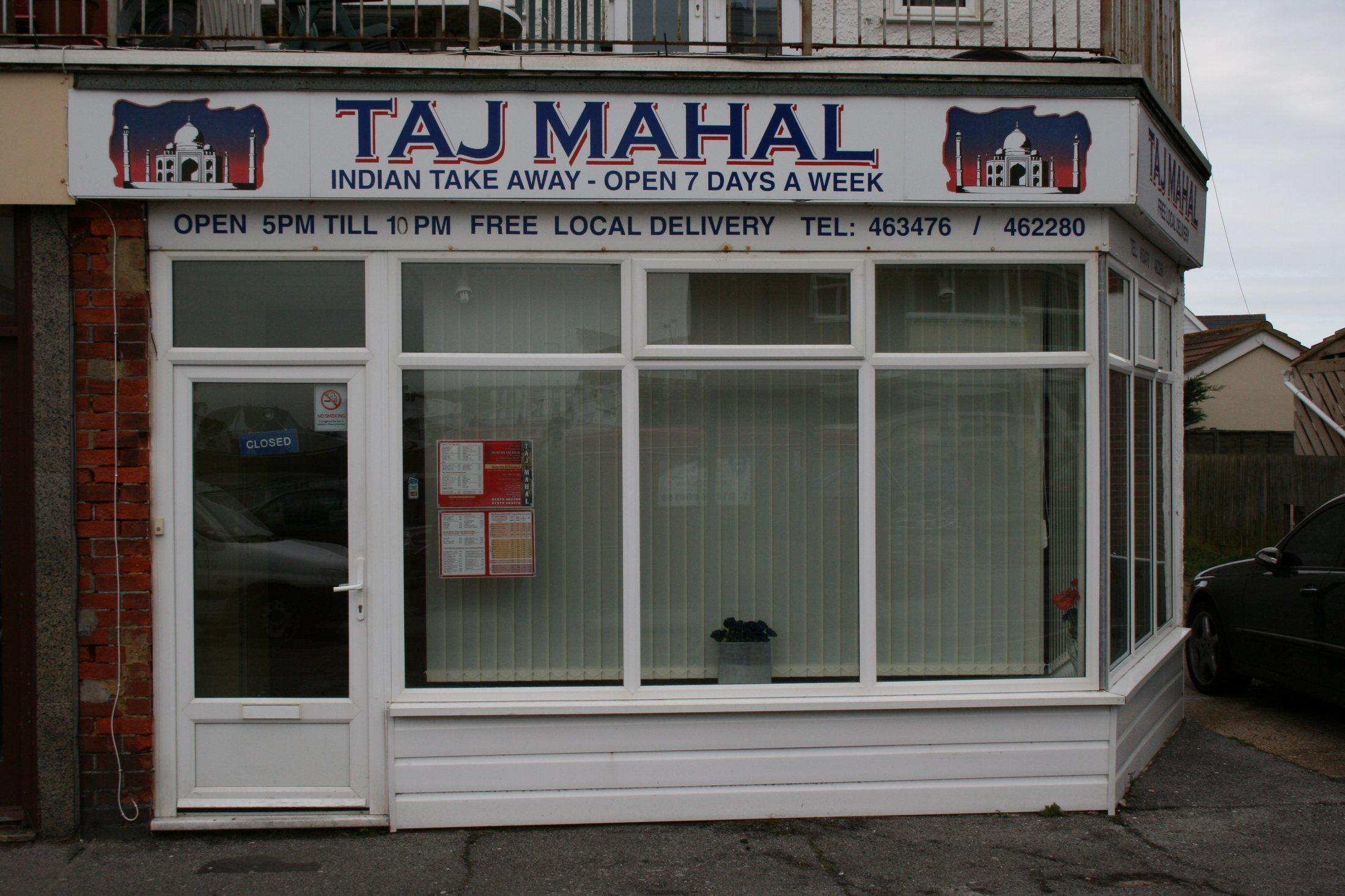 21 Taj Mahal