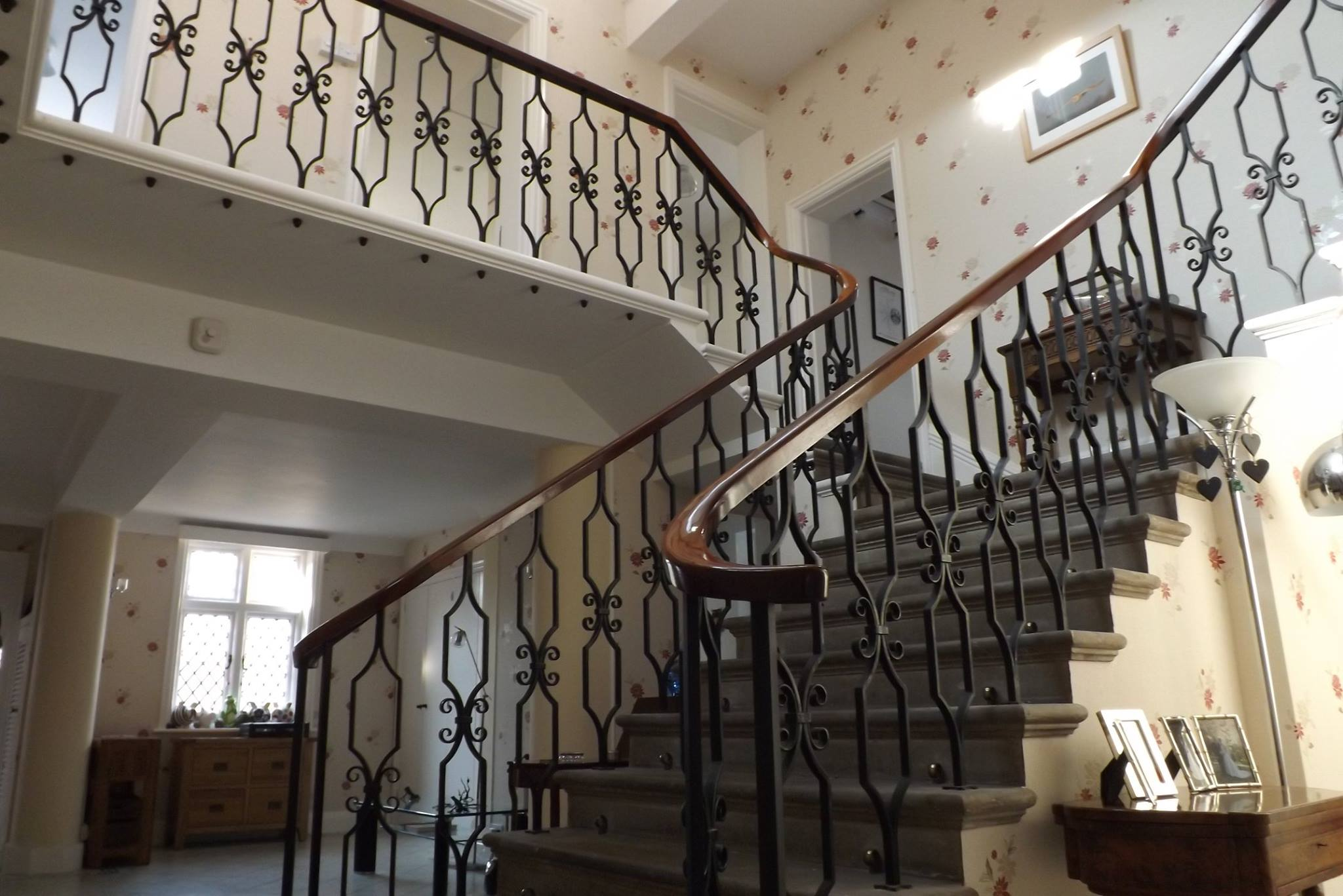 Macintosh HD:Users:rogerbateman:Desktop:Indian :2 Julia's staircase today. 'A staircase an army could march up' - something of an exaggeration but still very impressive.jpg