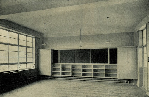 MR5 A Typical Classroom