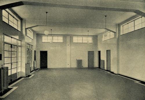 MR6 Clinic Waiting Hall