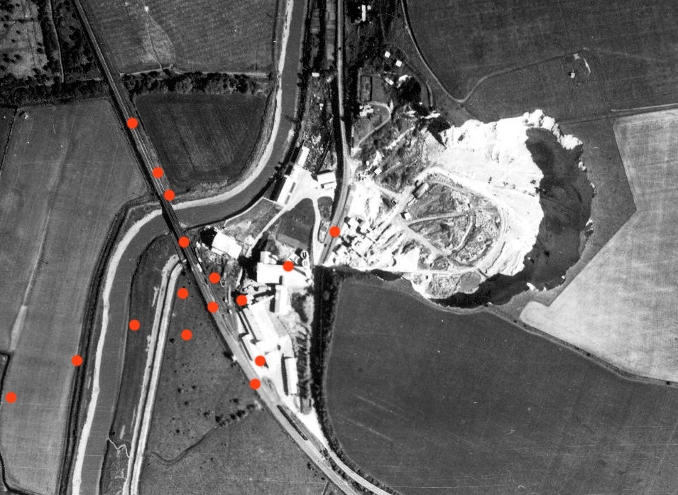 z4 An indication of the spread of bombs from the impact points described in the report