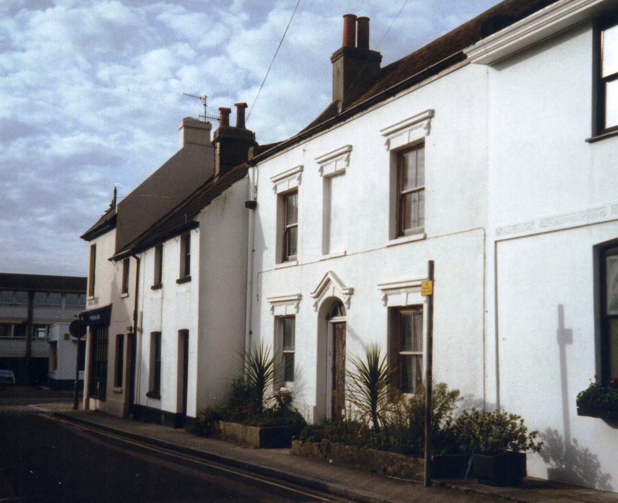 5 West Street