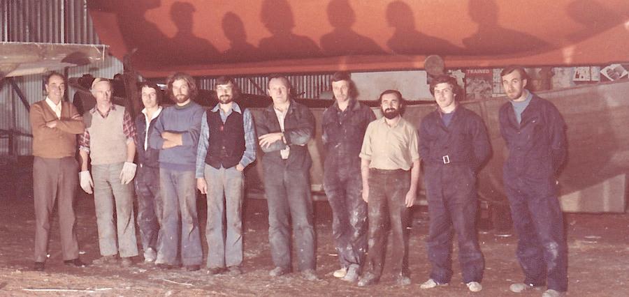 Macintosh HD:Users:rogerbateman:Desktop:RAMUS :Watercraft 9a Glass-shop-lads-1978-copy-1372513802.jpg