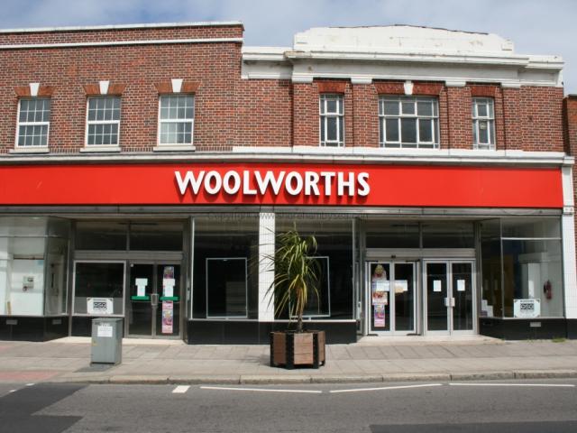-56 - 58 Woolworths