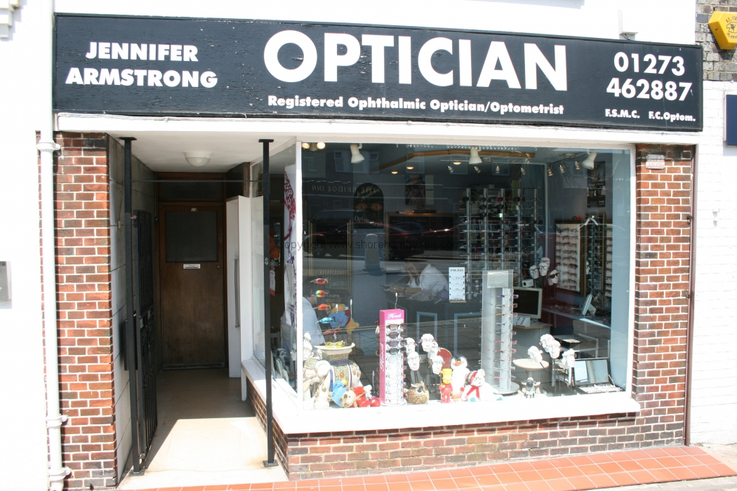 -86 Jennifer Armstrong Optician